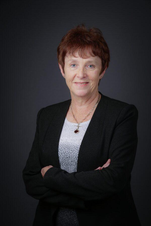 Catherine J Quinn BSc FCA